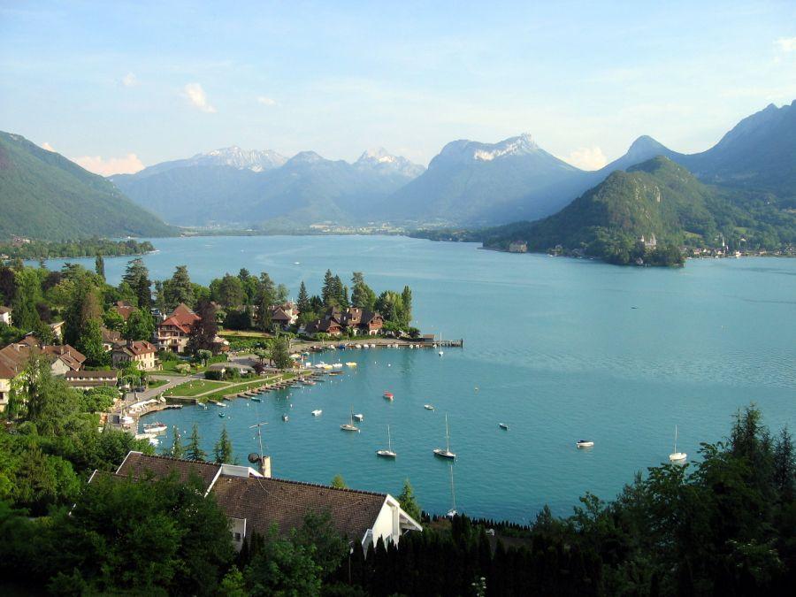 Výsledok vyhľadávania obrázkov pre dopyt Jazero Annecy (Francúzsko)